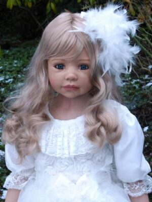 Allison, Blonde