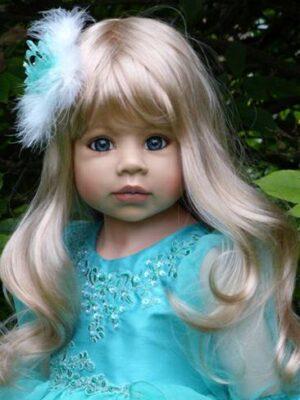 Jasmine, Blonde