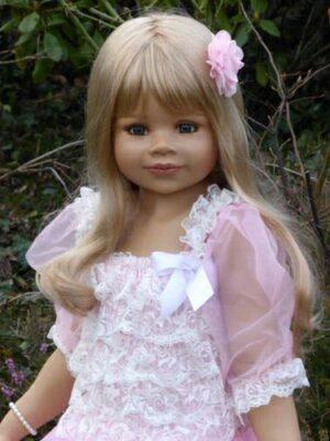 Jillian, Blonde