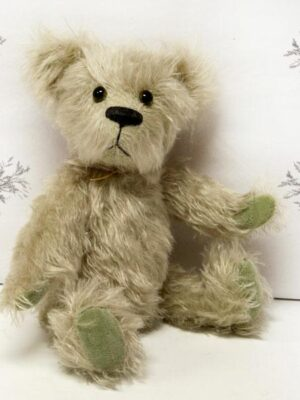Fern by Bear Bottom Heirloom Bears