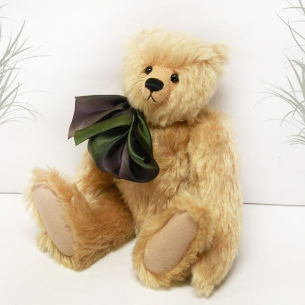 Chester by Cotswold Bears