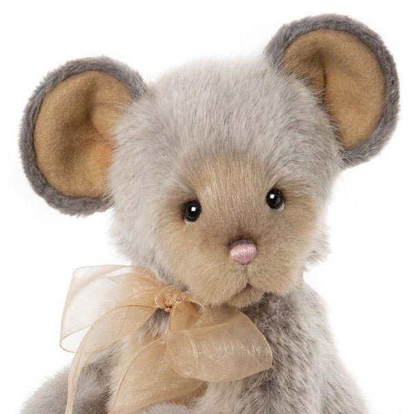 Roulade - Charlie Bears Plush Collection