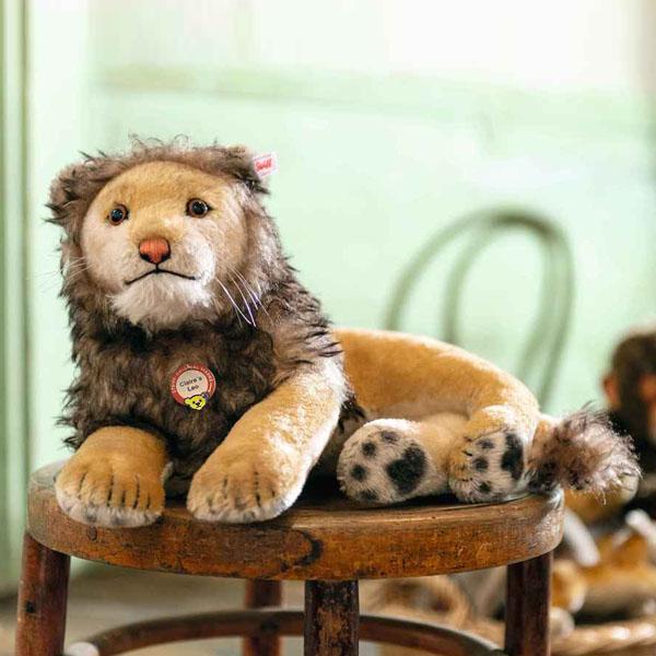 Claire's Leo lion