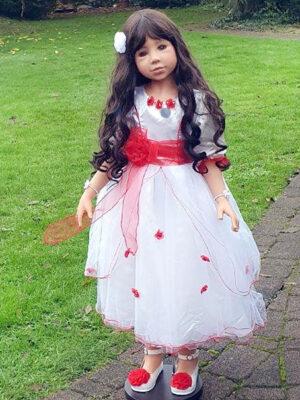 Snow White, Brunette